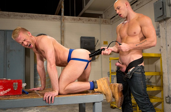 guy-getting-fucked-with-a-big-toy